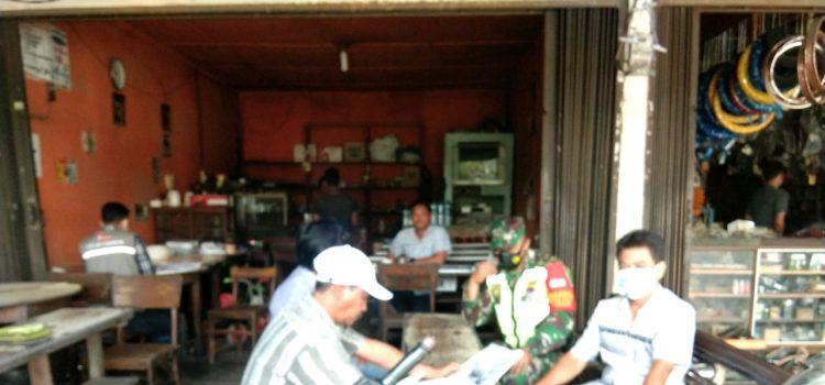 Babinsa Koramil 08/TB Kembali Himbau Sejumlah Warung Kopi Taati Protkes