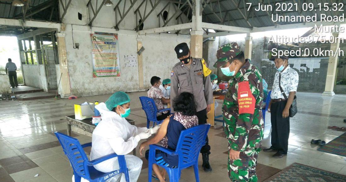 Sembilan Puluh Lansia di Kecamatan Munte Terima Vaksinasi Tahap Pertama