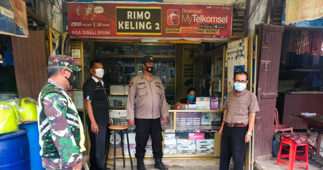 Pengunjung Pasar Buah Tiga Binanga di Himbau Koramil 08/TB