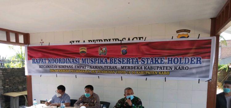 Danramil 04/SE Ikuti Proses Mediasi Masyarakat Desa Semangat Gunung di Polsek Simpang Empat