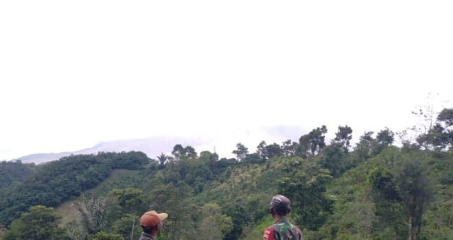 Personel Koramil 04/SE Laksanakan Patroli Zona Merah Gunung Sinabung