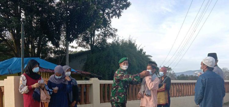 Jamaah Shalat Idul Adha di Tigapanah Mendapat pengamanan dan Himbauan dari Babinsa Koramil 02/TP