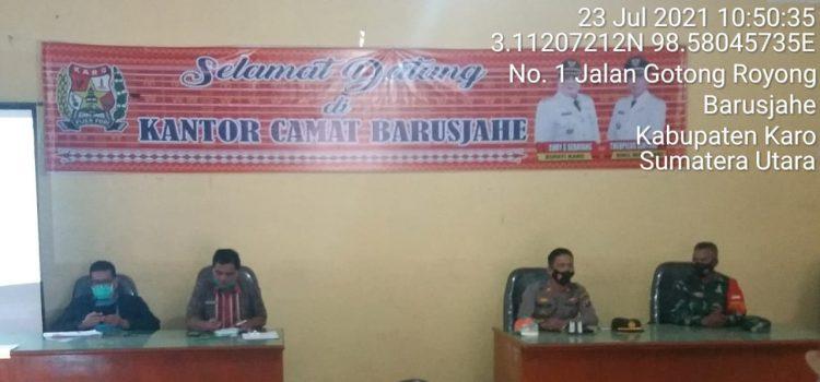 Babinsa Koramil 01/BJ Hadiri Rapat PPKM di Kantor Camat Barusjahe