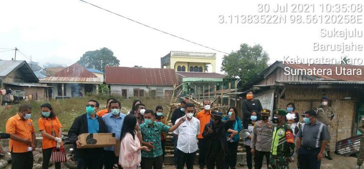 Personel Koramil 01/BJ Turut Dampingi Wakil Bupati Karo dalam Penyerahan Bantuan Sembako