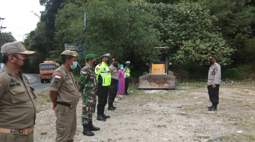 Personel Koramil 03/BT Bersama Tim Gabungan Rutin Laksanakan Pengecekan di Perbatasan