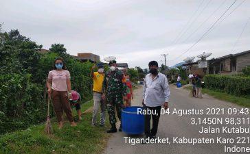 Jaga Kebersihan Lingkungan Dimasa Pandemi, Babinsa Koramil 05/PY Ajak Warga Bergotong Royong