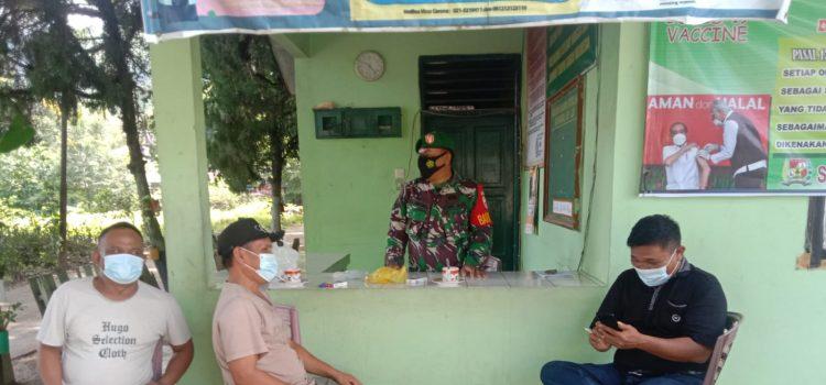 Babinsa Koramil 09/LB Ajak Tokoh Pemuda dan Masyarakat Turut Serta Himbau Warga Patuhi Prokes