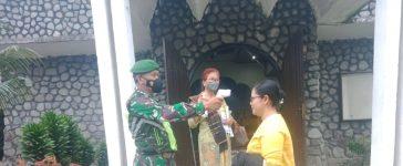 Babinsa Koramil 05/PY Laksanakan PAM Saat Kebaktian di Gereja GBKP Tiganderket