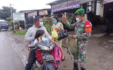 Babinsa Koramil 04/SE Himbau Warga Binaan Tetap Untuk Mematuhi Prokes