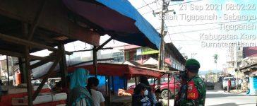 Babinsa Koramil 02/TP Himbau Warga yang Akan Beraktivitas di Tigapanah