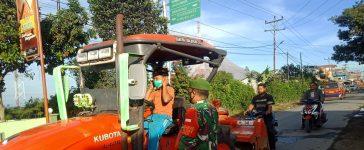 Babinsa Koramil 04/SE Melakukan Operasi Yustisi Kepada Pengguna Jalan