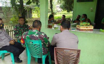 Kapolsek Mardingding Berkunjung Ke Koramil 09/LB Dalam Rangka HUT TNI
