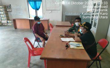 Babinsa Koramil 06/MT Lakukan Komsos Kepada Kades Singgamanik Agar Terus Himbau Warga Binaan