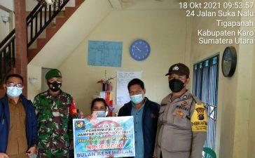 Babinsa Koramil 02/TP Awasi Penyerahan BLT Dua Tahap di Tigapanah